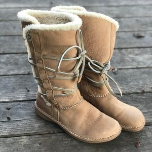 Cute tie up UGG boots.